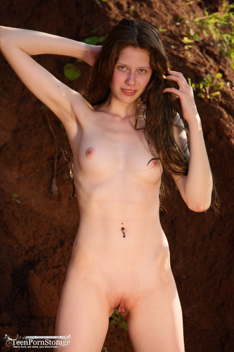 skinny-girl-sex-free-pics-hot-blonde-girl-naked-sucking-dick