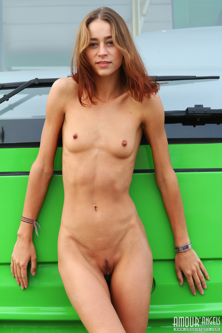 Nude super skinny women